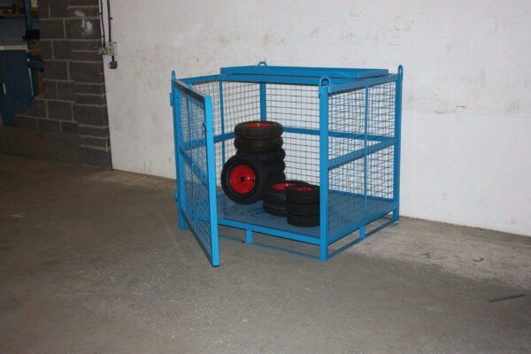 Craning Cage